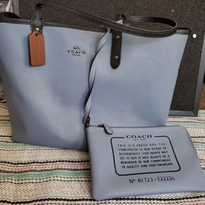 Coach Reversible Tote 13x12 With Wristlet 9x6
